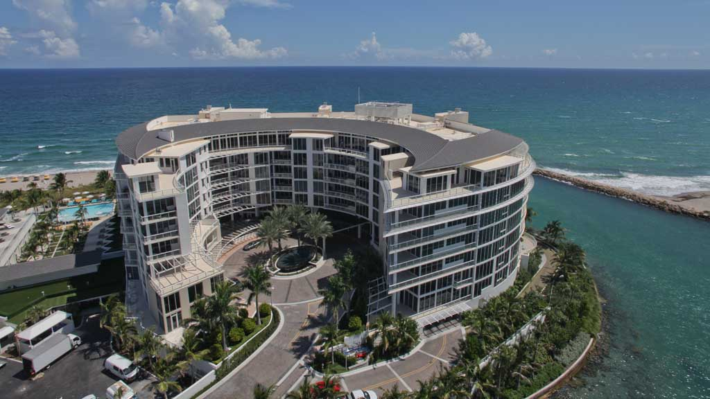 One Thousand Ocean entrance, Boca Raton, FL